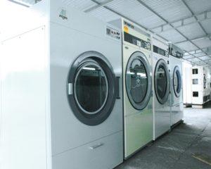 Sử dụng máy giặt công nghiệp hiệu quả – Mẹo vận hành tốt máy giặt công nghiệp